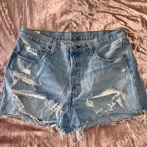 LEVI'S 501 Distressed High Rise Shorts